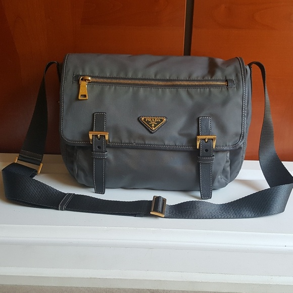 37284bf993f7 Prada Bags | Messenger Crossbody Purse | Poshmark